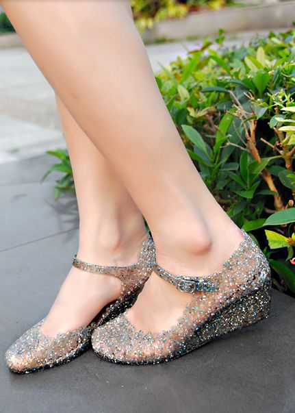 babygirlcryfest:  nymphetfashion:  crystal jelly shoes  birdinthefamily moonbrains  eeee