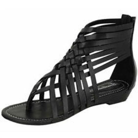 NEW BRECKELLE Ines Black Gladiator Sandal