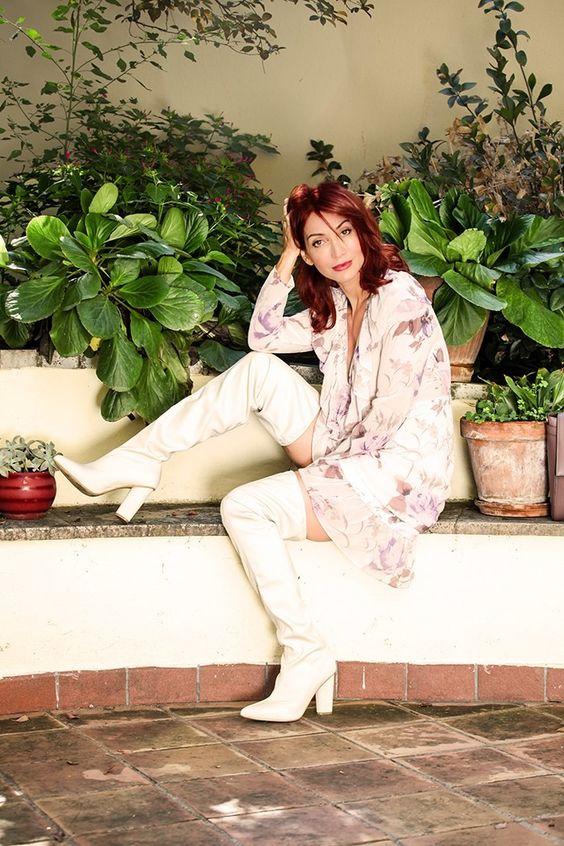 Redhead Illusion - Fashion Blog by Menia - Blossoming Autumn - Missguided Dress-05
