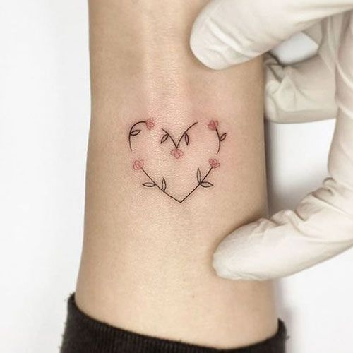 Cute Wrist Tattoo Ideas For Women Best Tattoos For Women Cute Unique And Meaningful Best Tattoos For Women Dainty Tattoos For Women Cute Tattoos On Wrist