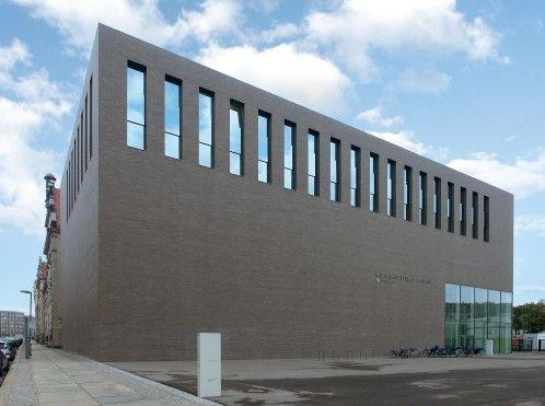 Hagemeister: HARRIS + KURRLE ARCHITEKTEN: ARCHÄOLOGISCHES ZENTRUM BERLIN KOMPROMISSLOS PURISTISCH