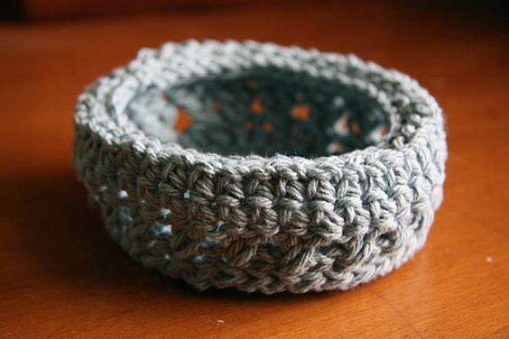 Cotton crochet bowls | She's Crafty