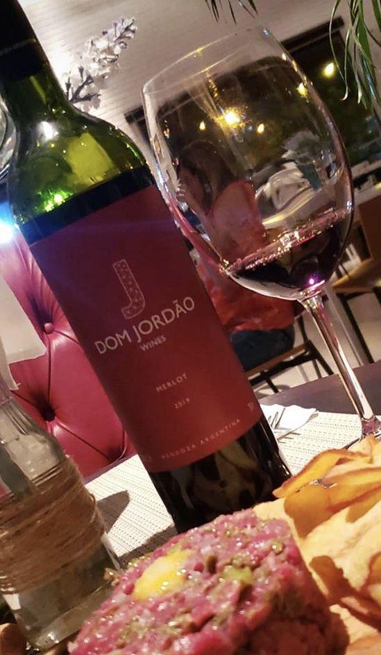 Pin Em Dom Jordao Wines