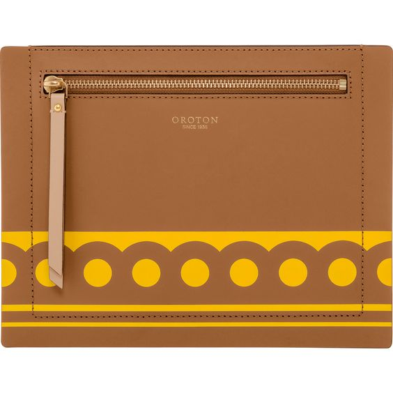 Sydney Dots Zip Sleeve in Tan/Wattle