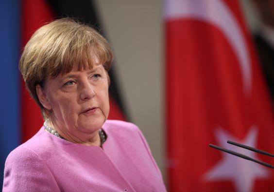 Vor EU-Türkei-Gipfel: Merkel lobt Türkei für Engagement in der Flüchtlingskrise - http://www.statusquo-news.de/vor-eu-tuerkei-gipfel-merkel-lobt-tuerkei-fuer-engagement-in-der-fluechtlingskrise/