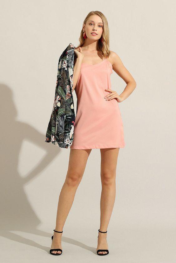 Per non rinunciare all'abito mini a Settembre > blazer con motivi tropical e ti sentirai ancora in vacanza! by Almatrichi #vpstyle #abito #modadonna #womanfashion #pinklover #thinkinpink #tropical