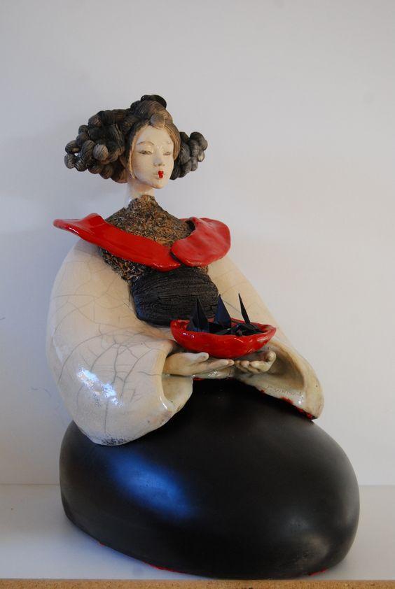 Sculpture Fille du Soleil Levant Céramique Raku 2015 Pauline Wateau