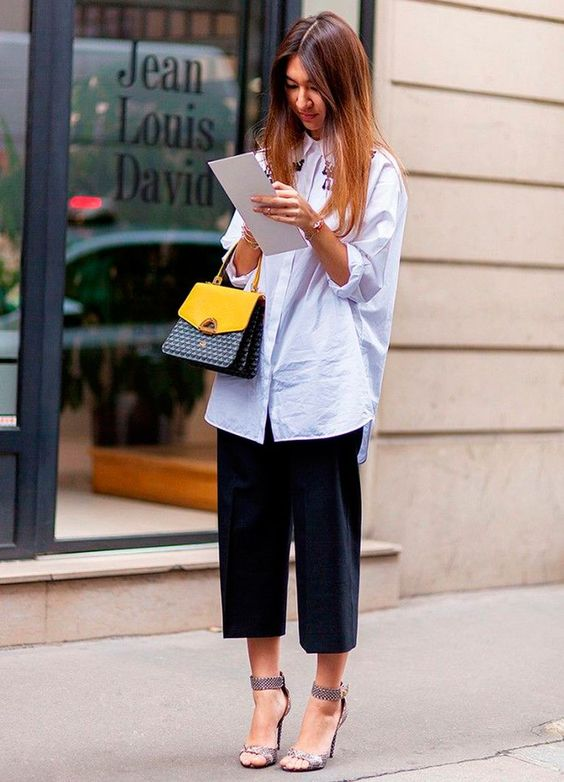 Los pantalones culottes con camisa oversize |Foto: Pinterest.