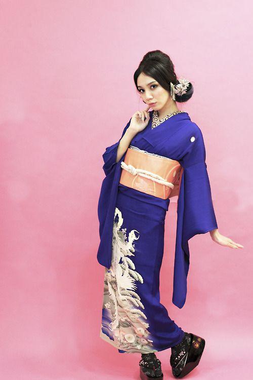 thekimonogallery: Wearing vintage Irotomesode kimono