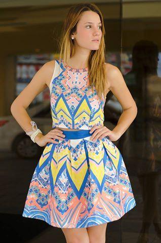 #FashionBySIMAN & Sofía Ávila: Un conjunto muy femenino con prints que le dan un toque chic a tu outfit.