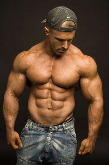 How To Build Muscle While On A Low Carb Diet