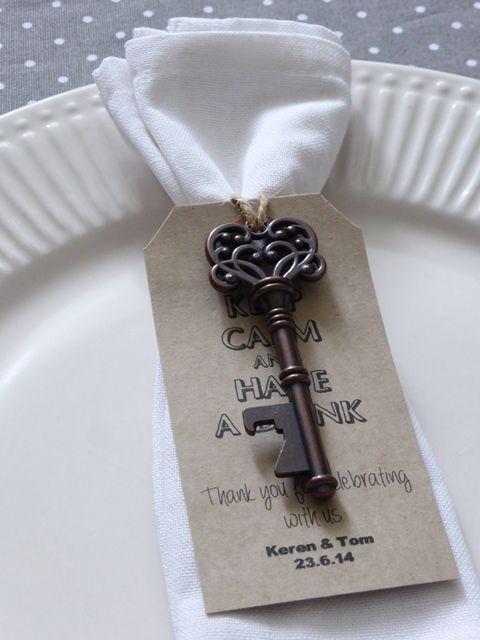 personalised skeleton key bottle beer opener wedding favor gift tag label. Black Bedroom Furniture Sets. Home Design Ideas
