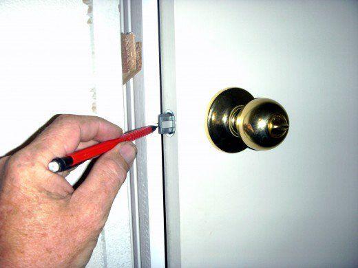 How To Fix Or Replace A Broken Door Frame Door Frame Repair Replace Door Frame Doors