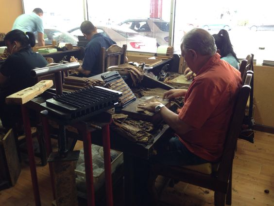 Cuban Crafter hand rolled cigars in Miami.