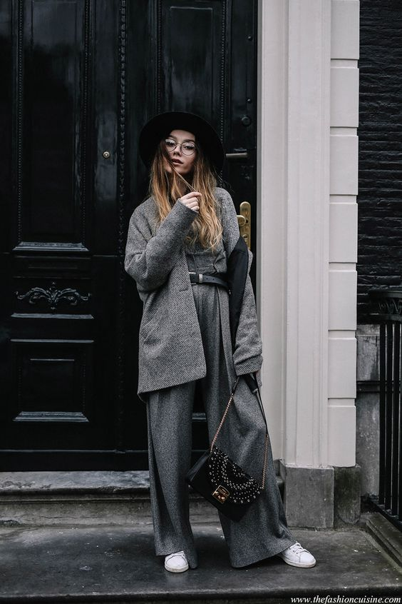 How to wear full grey wideleg wool pants with fedora hat minimal outfit