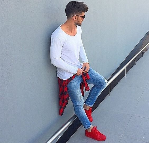 Long t shirt Street styles and Sneakers on Pinterest