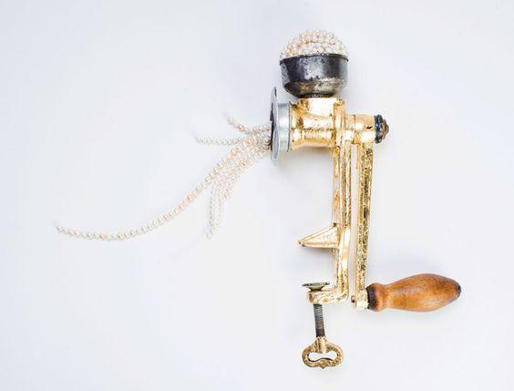 Réka Lörincz Object: Pearl grinder, 2015 Pearl, alloy, wood, metal foil