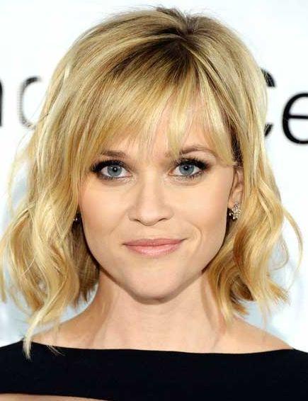 Kurzwellenförmige Frisuren für Frauen