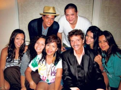 Bruno Mars Lifestyle Wiki Net Worth Income Salary House Cars