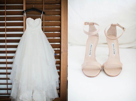 hawaii wedding dress and shoes