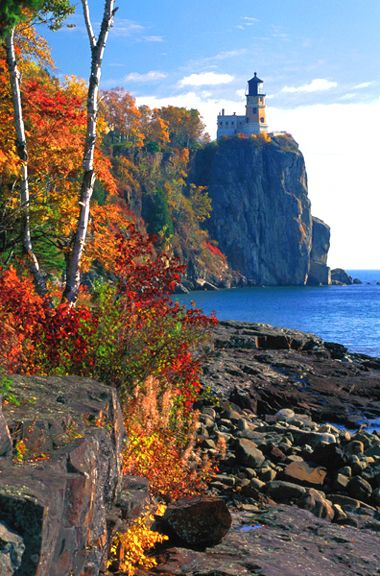 Minnesota - Split Rock Lighthouse on North Shore of Lake Superior: Fall Lighthouse, Favorite Place, Lighthouses, Lighthouse S, Split Rock Lighthouse, Lighthouse Autumn
