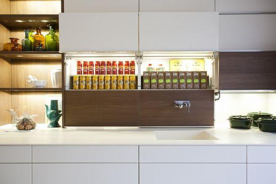 Kuchnia Bez Uchwytow Nowoczesne Sposoby Otwierania Mebli Kuchennych Modern Kitchen Modern Kitchen Design Kitchen Design