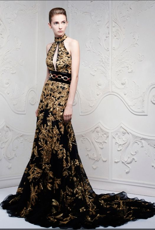 Don't like that belt. But the rest... Just gorgeous! Alexander McQueen #Resort 2013