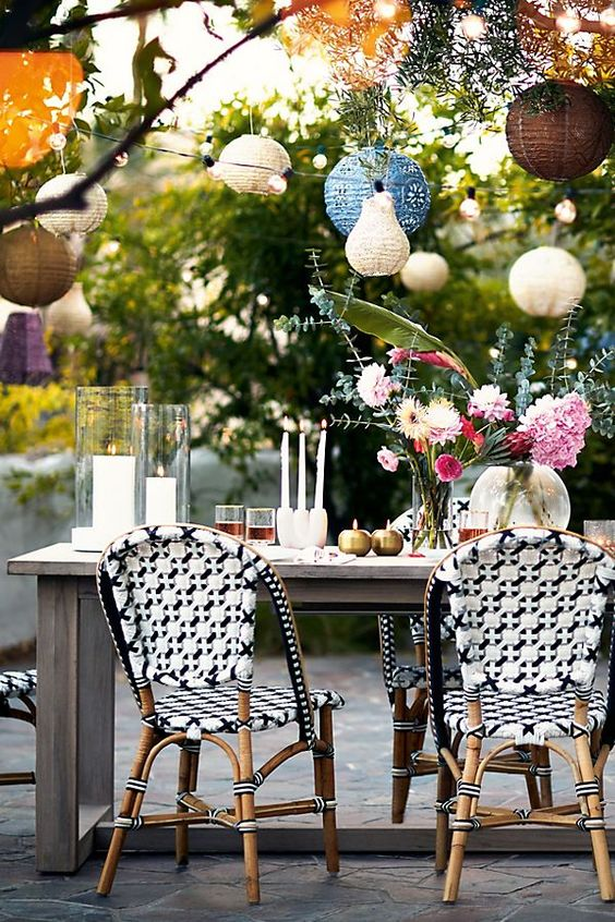 Cheap-ways-to-decorate-your-patio