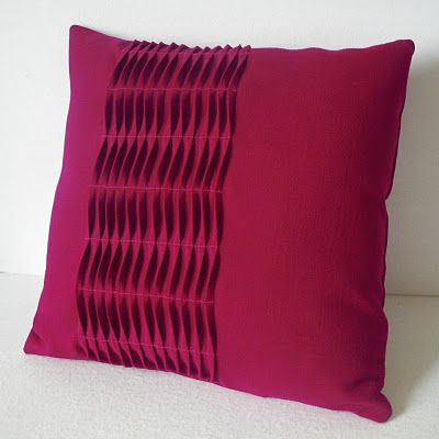 Wave Illusions Pillow. Photo from Obsessively Stitching blog. Pattern from One Yard Wonders.