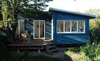 Ferienhaus+mit+eigenem+Garten++++Ferienhaus in Middelhagen von @homeaway! #vacation #rental #travel #homeaway