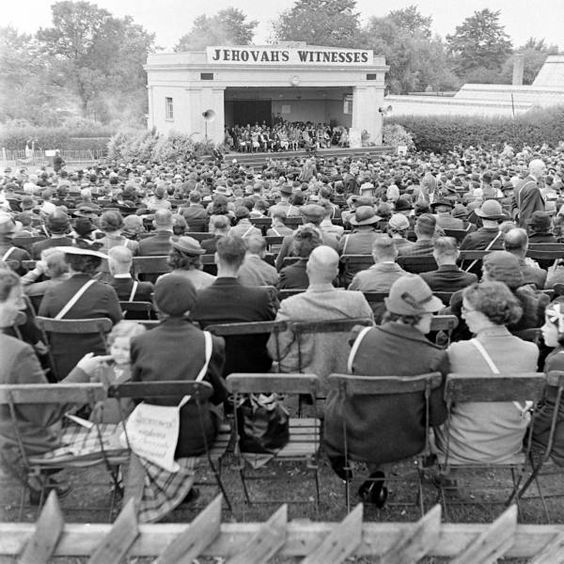 Jehovah Witness Convention - Hosted by Google. 1941