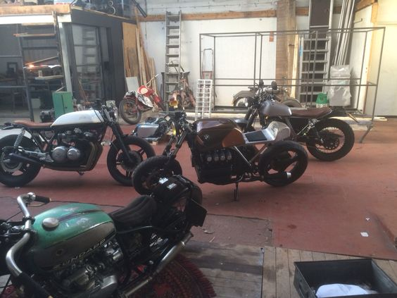 Caf's at Tin Can Customs