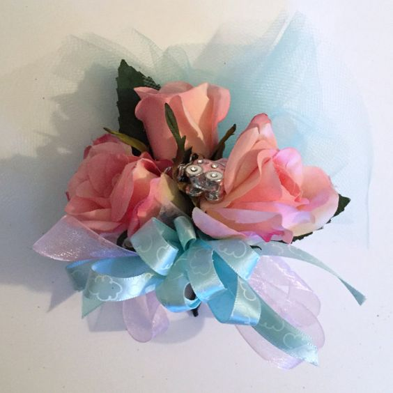 Baby Girl Pink Shower Corsage It's a girl  baby shower theme corsage Pink Corsage Pink It's A Girl Baby Girl Baby Shower Girl Mom to Be Mother to Be Pregnancy Newborn Party Corsage Baby Carriage Charm shower corsage Baby Girl Shower Baby shower 19.99 USD #goriani