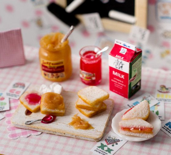 Miniature Peanut Butter and Jelly Set by CuteinMiniature on Etsy // a tiny after-school snack!