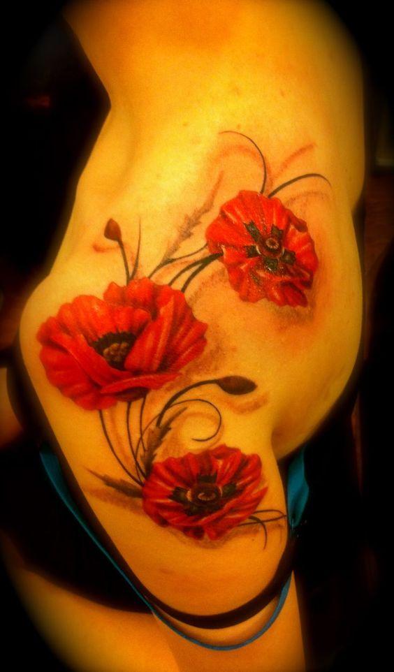poppy tattoo by Maggie at Studio 123  123forever.com #tattoos #poppytattoo #flowertattoo