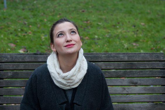 Luxury Yarn Snood (Off White; 55% alpaca, 40% wool, 5% linen)