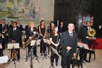 Apresentação da Orquestra Philarmônica de Sopros Brasil, regida por José Roberto Fabiano.