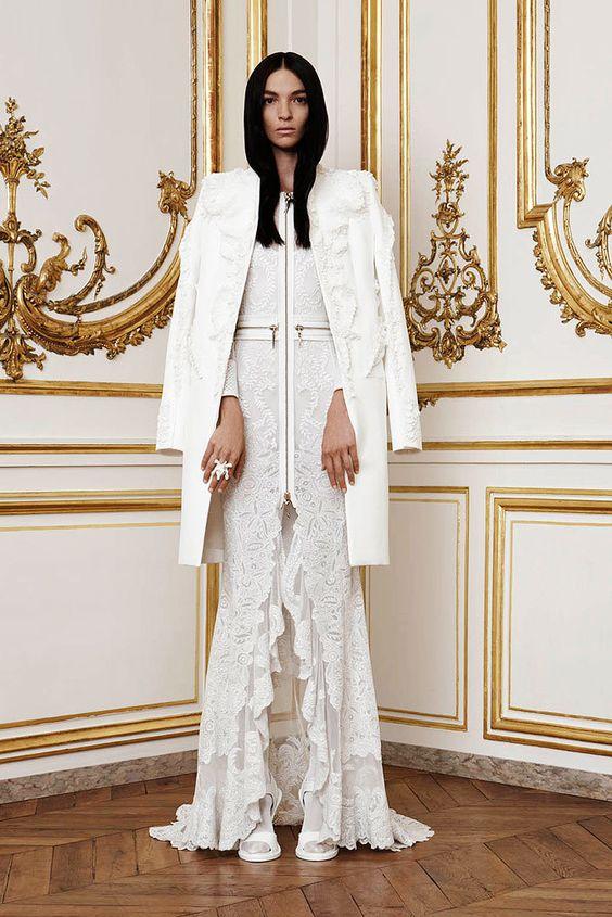 Givenchy Fall 2010 Couture Fashion Show - Mariacarla Boscono (Viva):
