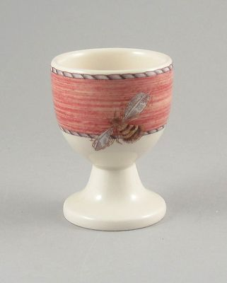 Gorgeous little egg cup with a bumble bee on the front! Well done Wedgwood :)