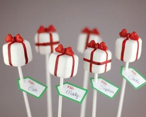 Christmas cake pops: Recipes: Good Food Channel