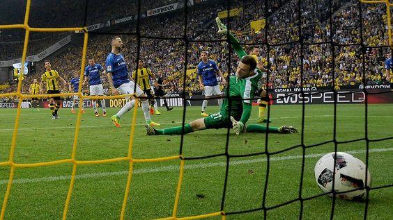 """Dortmunds Jungstars im Torrausch: BVB drückt furios """"die Ansprüche hoch"""""""