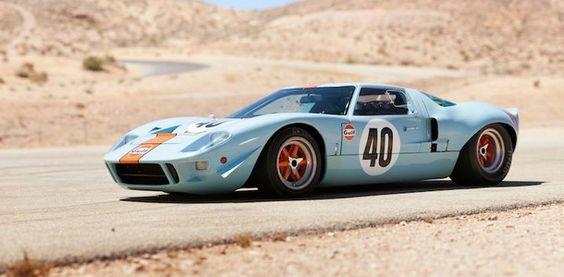 Une Ford GT40 Gulf bat un record aux enchères de Monterey   le blog auto