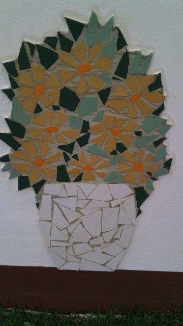 Aproveitando cacos de cerâmica...
