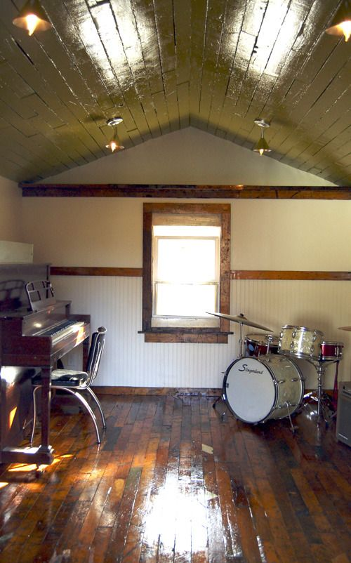 Shed turned into music studio in athens ga interiors for Garden shed music studio