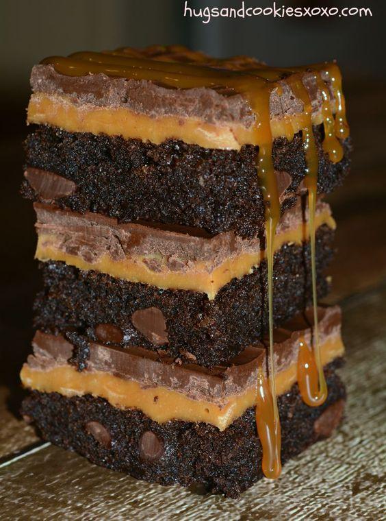 Twix brownies, Brownies and Chocolate twix on Pinterest