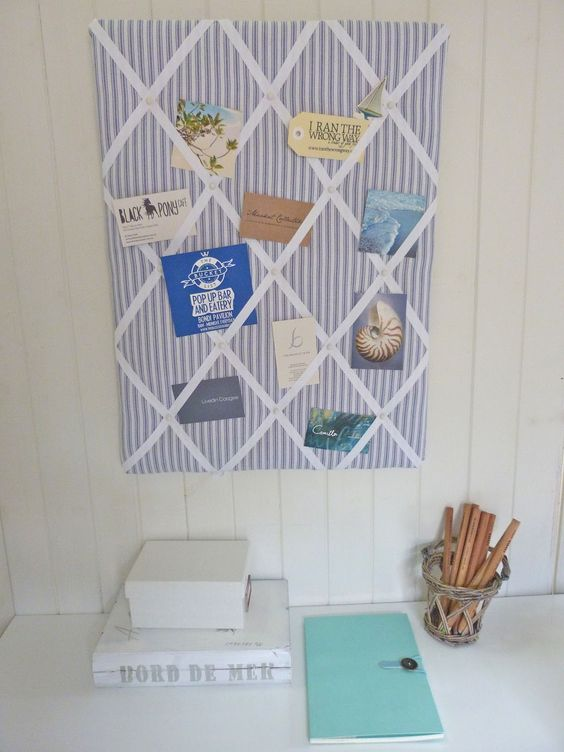 DIY French memo board - you can also use a frames canvas board instead of a cork board.