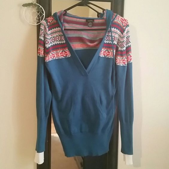 Aztec sweater with hood Super cute and comfy aztec design sweater with hoodie. Only worn a couple of times. Can fit medium or large Rue 21 Sweaters V-Necks