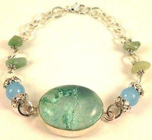 pulsera verde-Pulsera en cuarzo verde-pulsera en agua marina-pulseras de cuarzos-pulseras en cristales de cuarzo-joyeria en cuarzos-joyas cuarzos-brazalete en agua marina-brazalete en cuarzo verde-