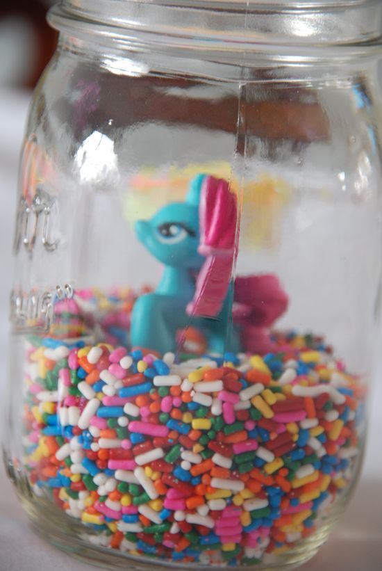Mlp easy decorations and do it yourself on pinterest for Do it yourself centerpieces for birthday