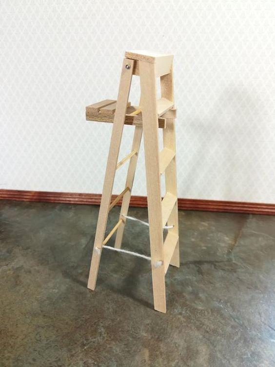 "DOLLHOUSE Miniatures 1:12 Scale 2/"" Tall Miniature Folding Wood Step Ladder"